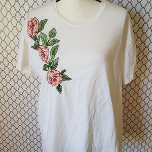 Zara FLoral Embroidered White T-Shirt Size XL